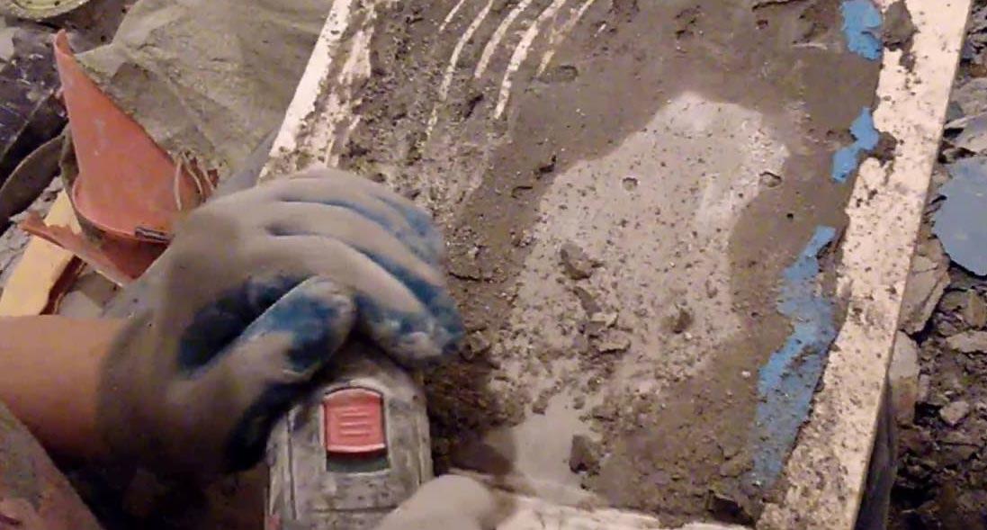 чистка плитки от клея для повторной установки