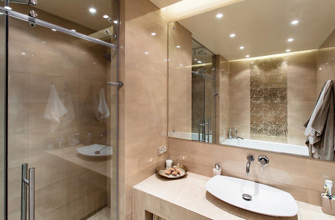 дизайн маленькой ванной в пастельных тонах 2 вариант