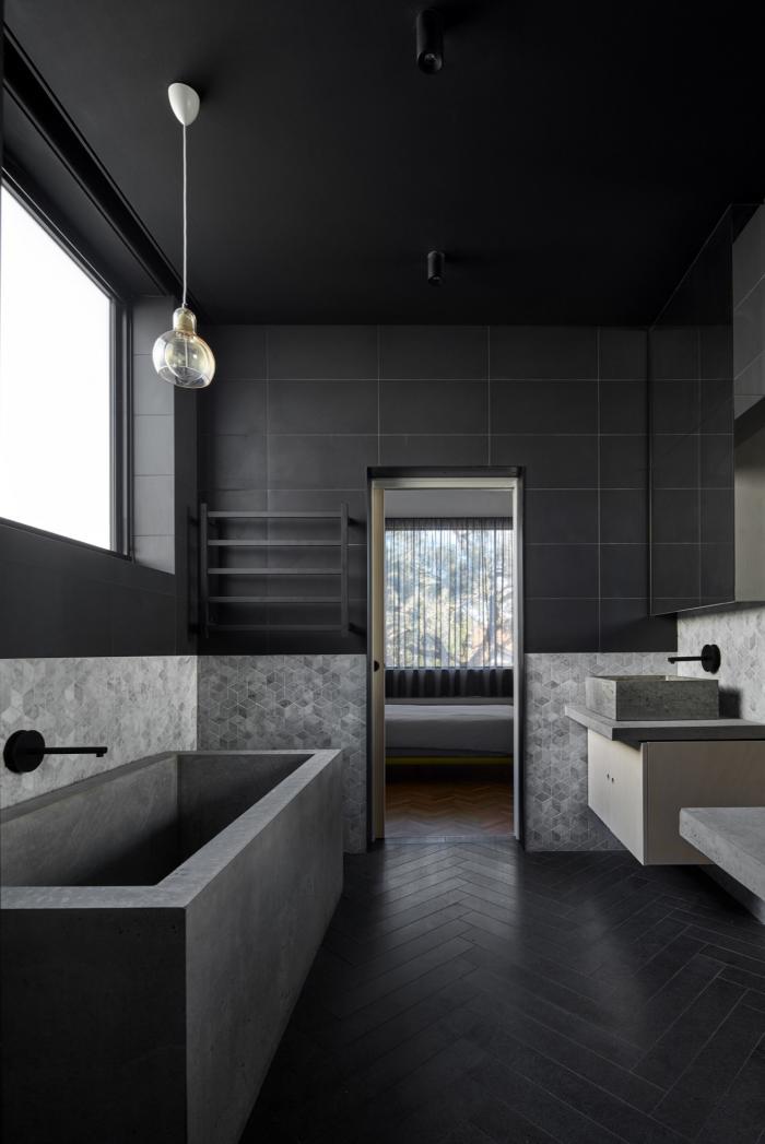 Черно-белая плитка в ванной — более 80 примеров красивых дизайнов