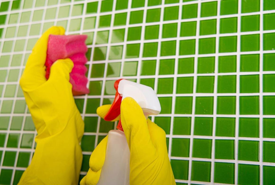 как отмыть плитку в ванной средства