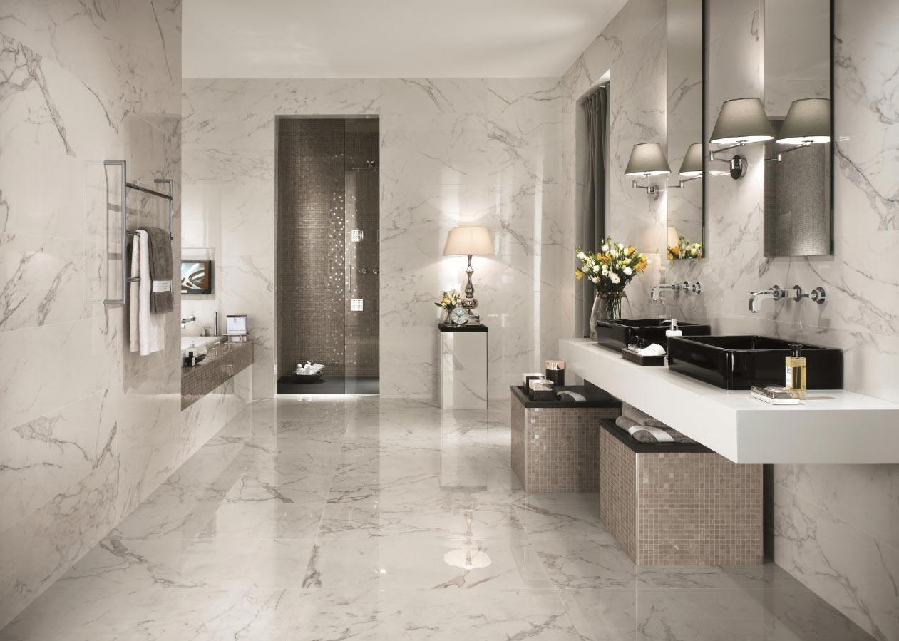 керамическая плитка, имитирующая мрамор в ванной