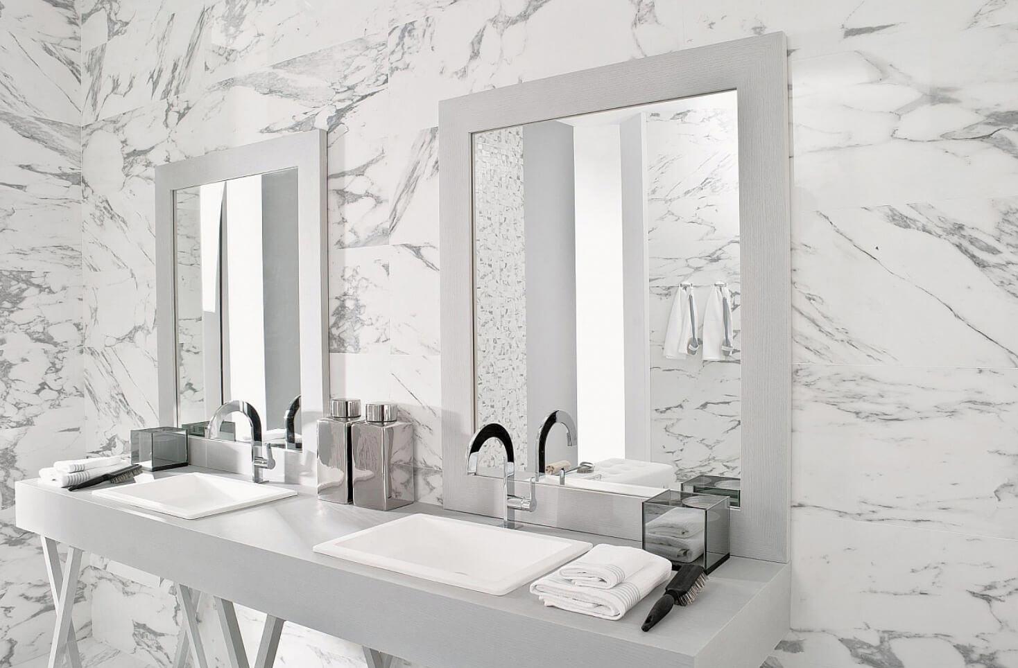 керамическая плитка под мрамор в ванной
