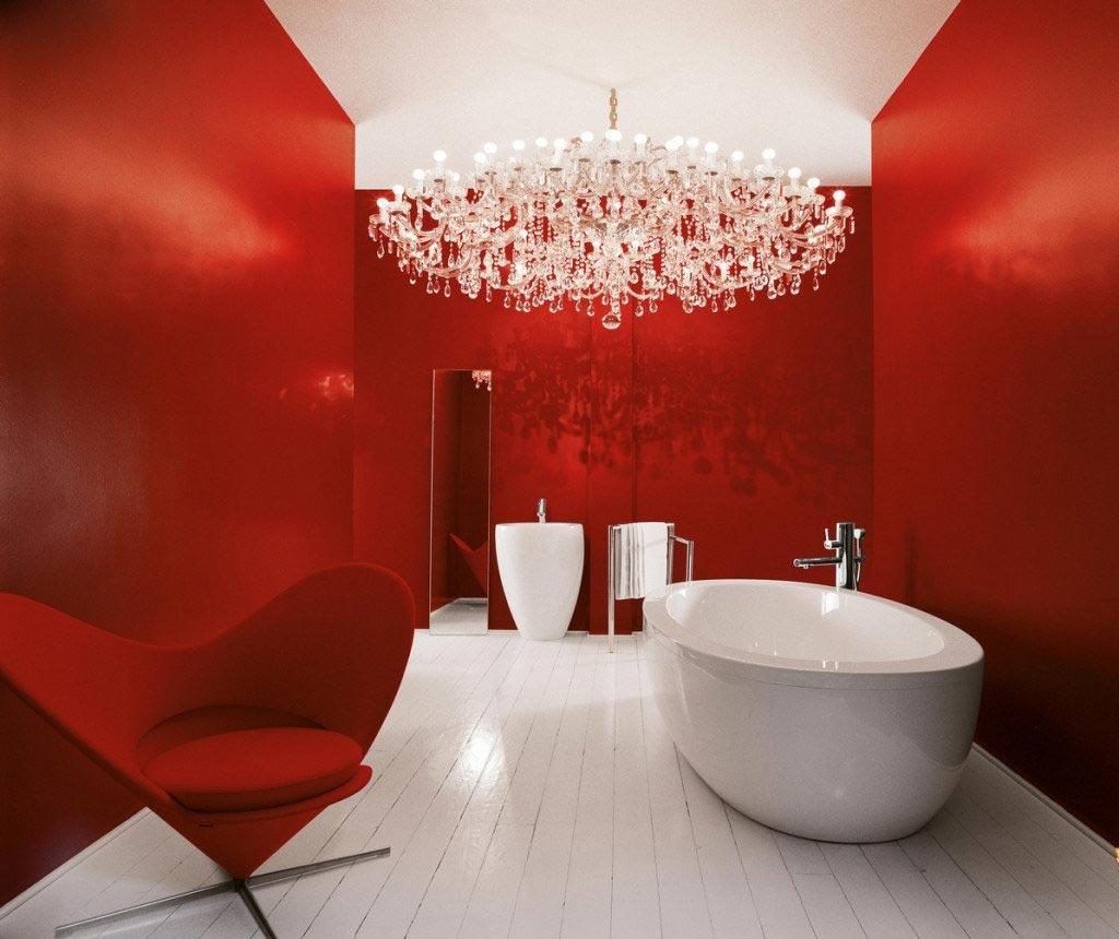 красная ванная в современном стиле
