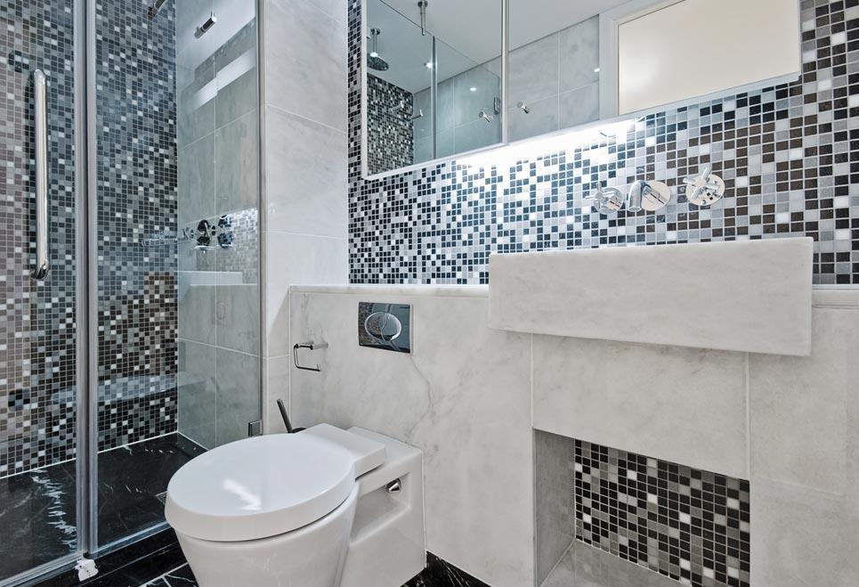 металлическая мозаика для ванной