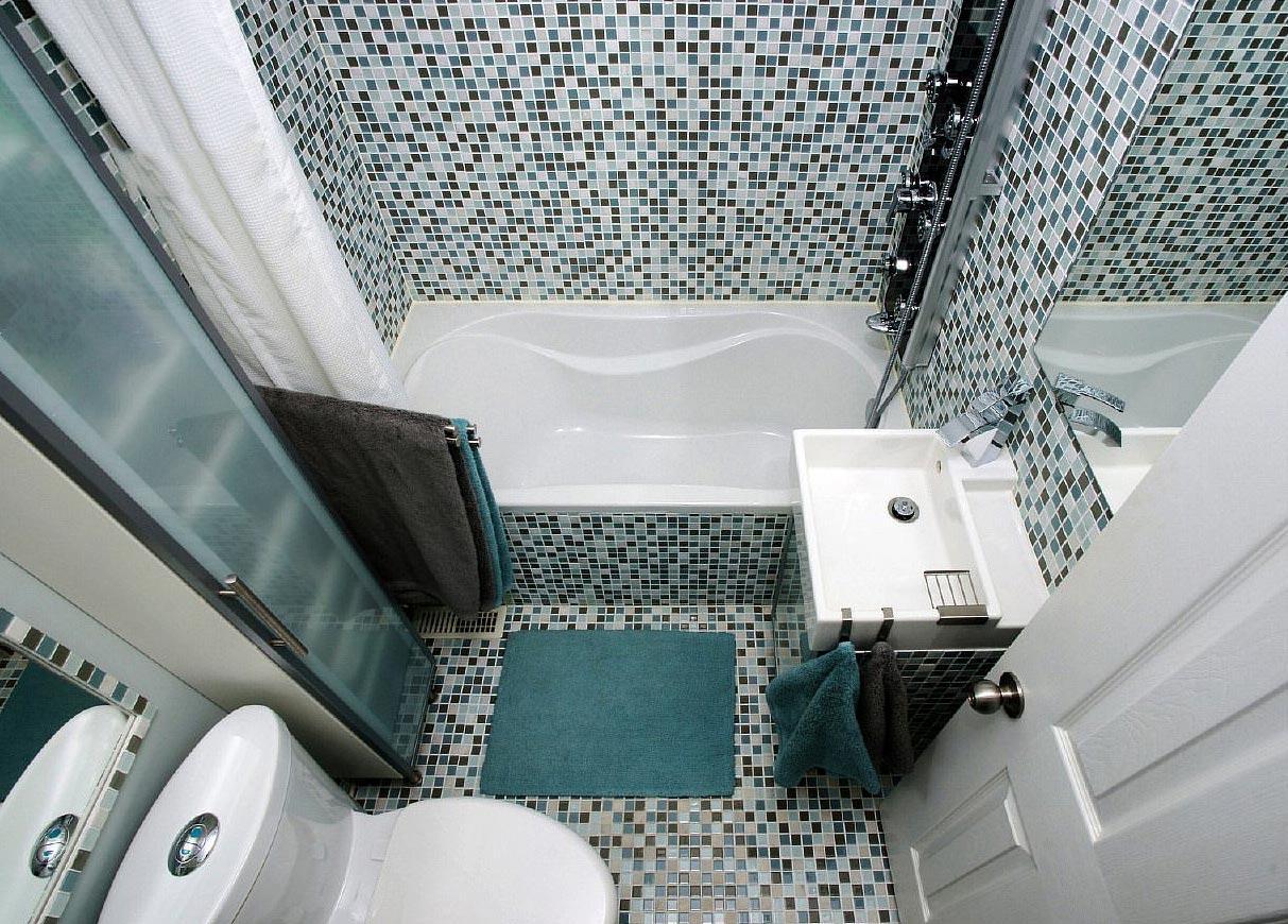 мозаика в небольшой ванной