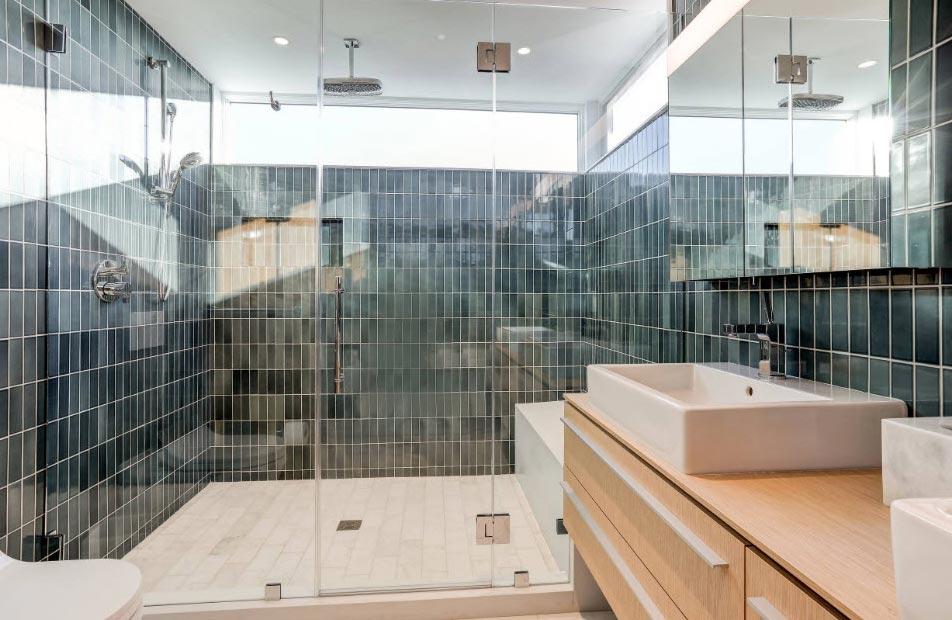 плитка для ванной комнаты из стекла