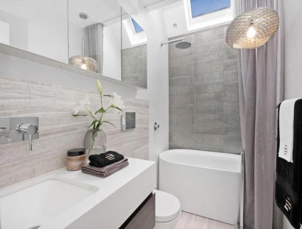современная ванная в панельном доме
