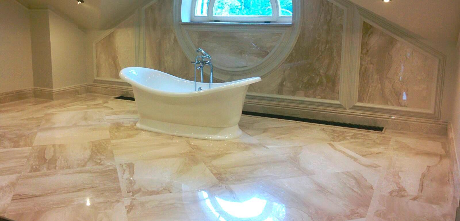 Выбор мраморной плитки в зависимости от параметров ванной комнаты 4
