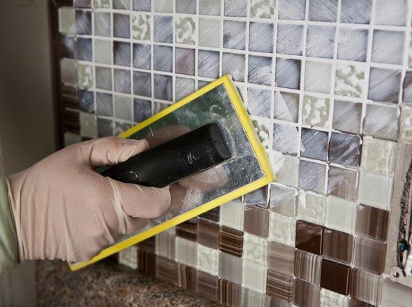 затирка плитки мозаики