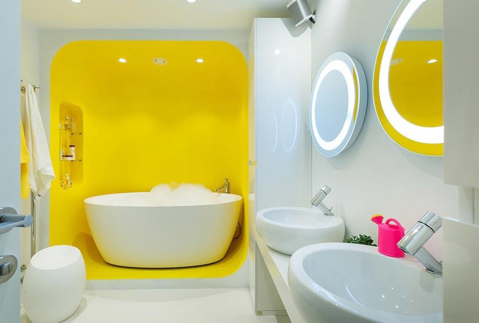 желтая ванная в современном стиле