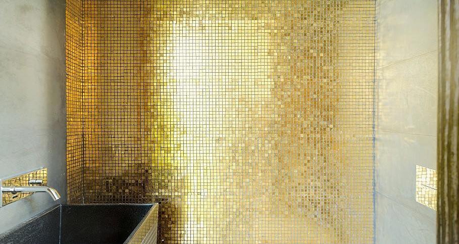 золотая мозаика для ванной