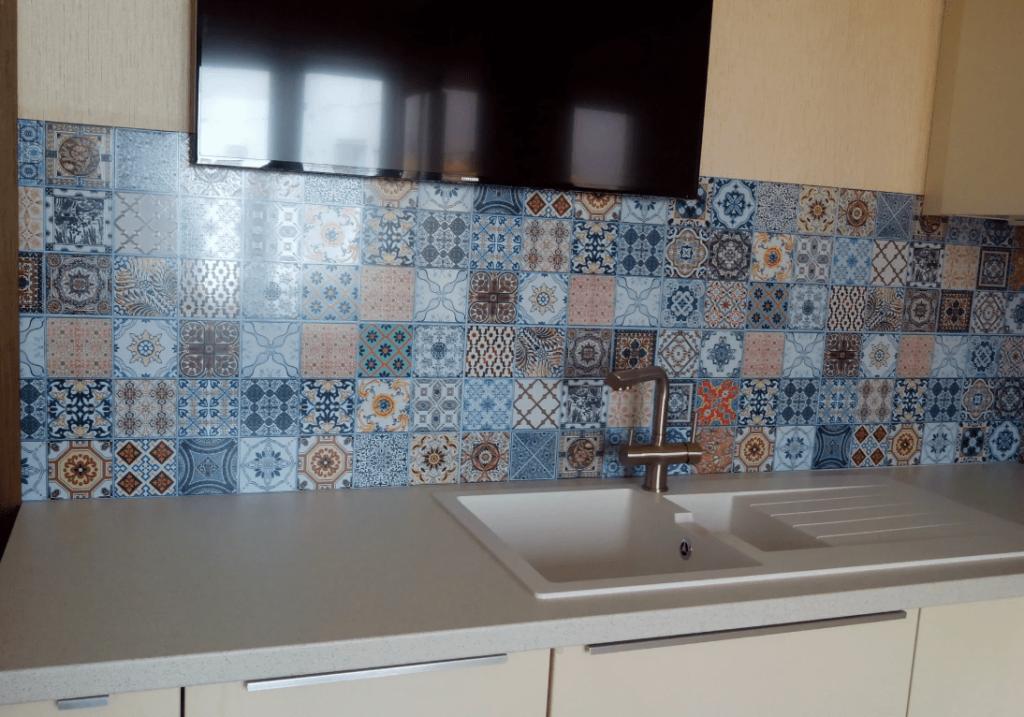 Кафельная мозаика на кухне