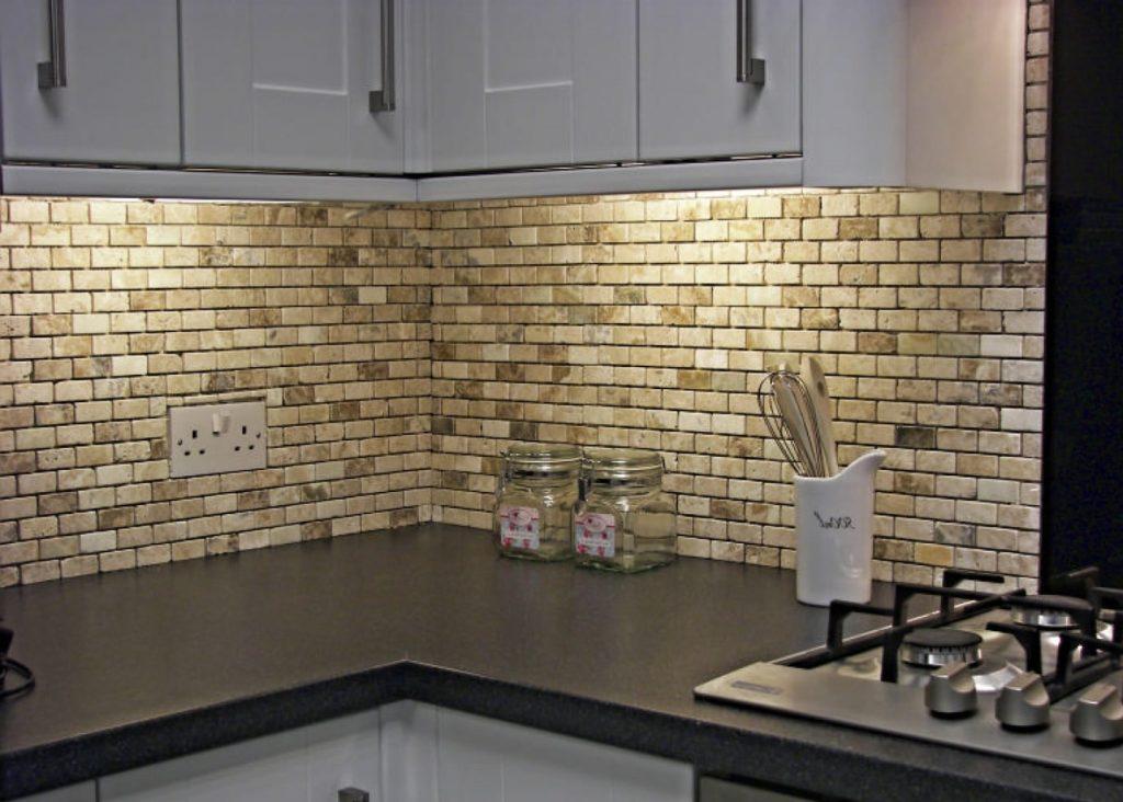 Каменная мозаика на кухню