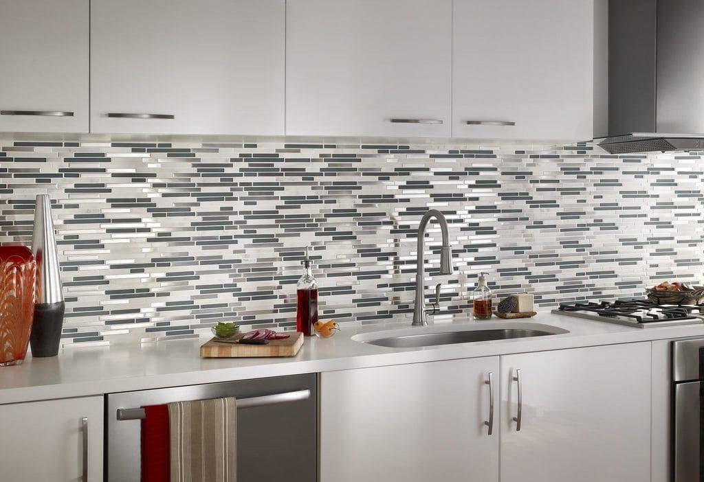 Мозаика плитка на кухне фартук