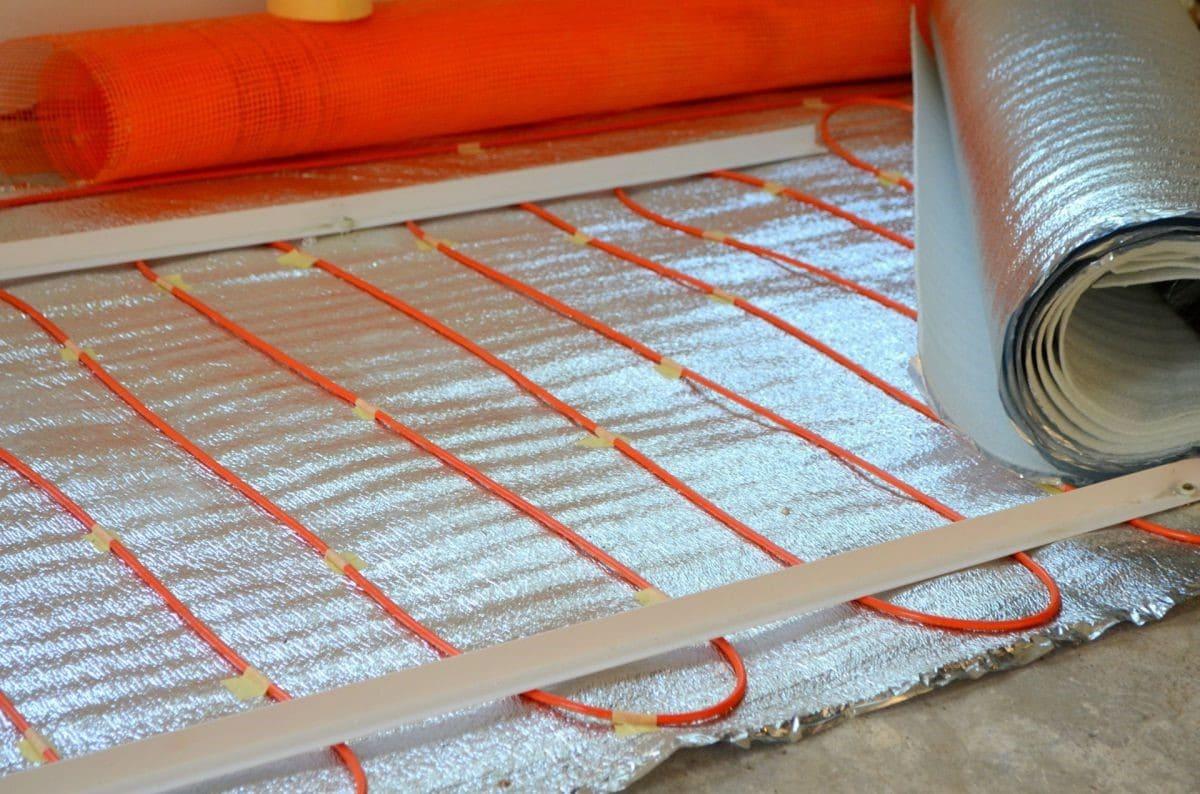 Теплоизоляция поверхности перед монтажом теплого пола