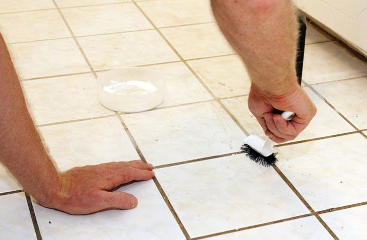 чистка швов плитки-механические средства