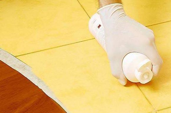 как очистить швы на полу