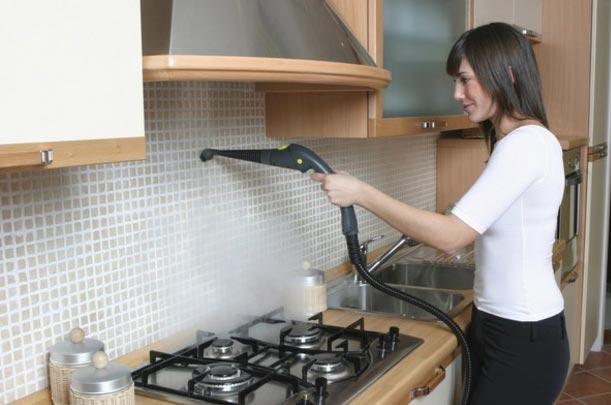 очистка кафеля на кухне при помощи пара