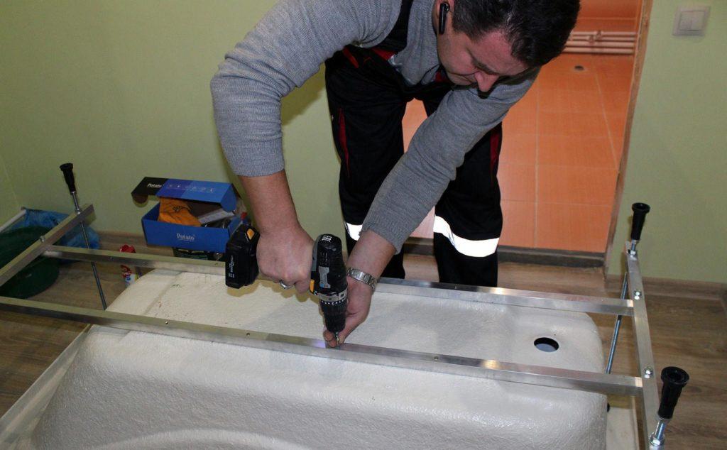 как установить ванную под плитку-изготовление каркаса, советы