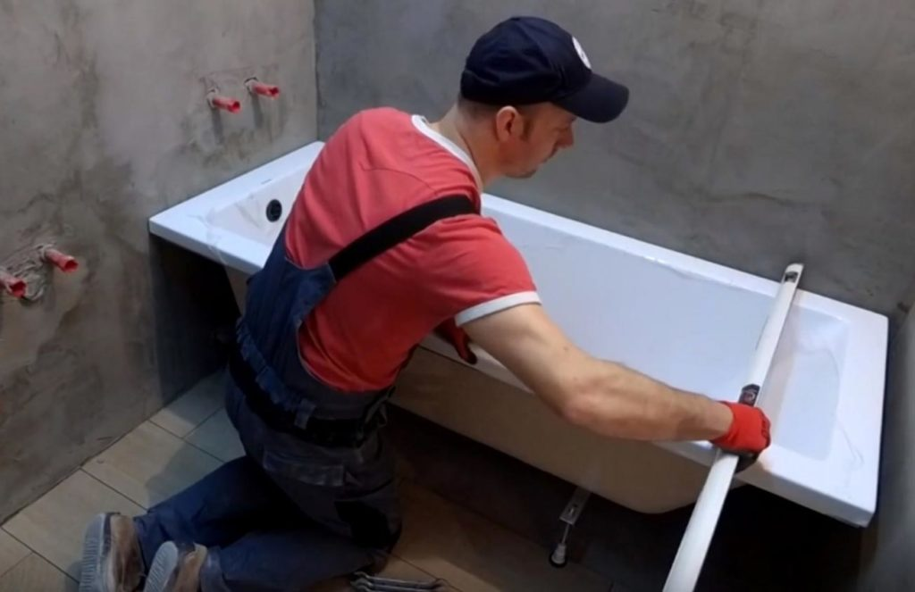 как установить ванную под плитку-замеры, расчеты