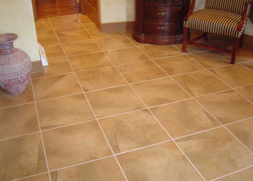 квадратная плитка на пол для кухни