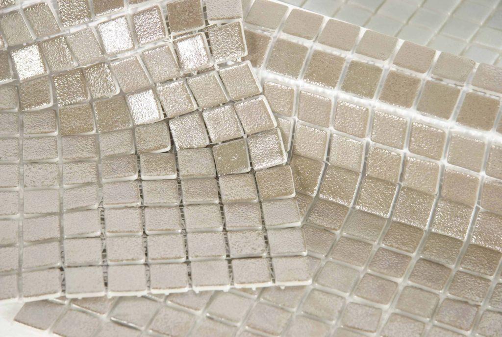 квадратные форматы мозаичной плитки на кухню