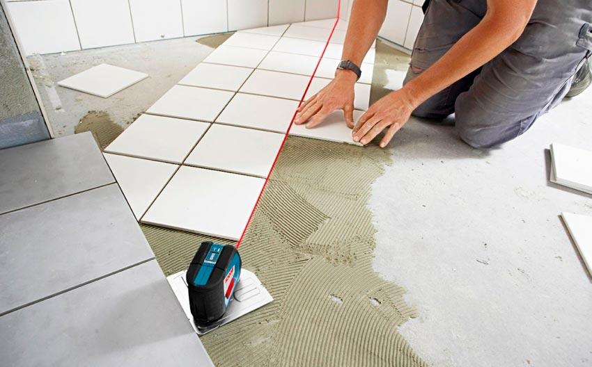 Лазерный уровень для укладки плитки на водяной теплый пол