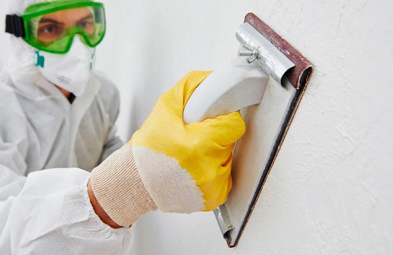 Очистка стен под плитку в ванной