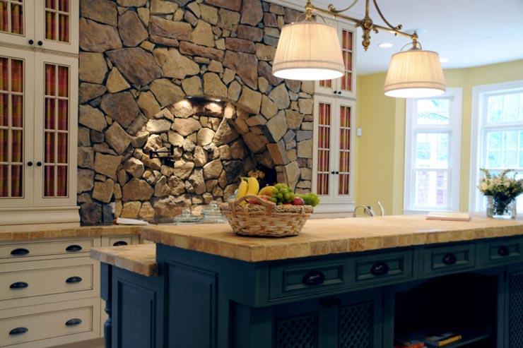 Плитка прованс натуральный камень на кухне
