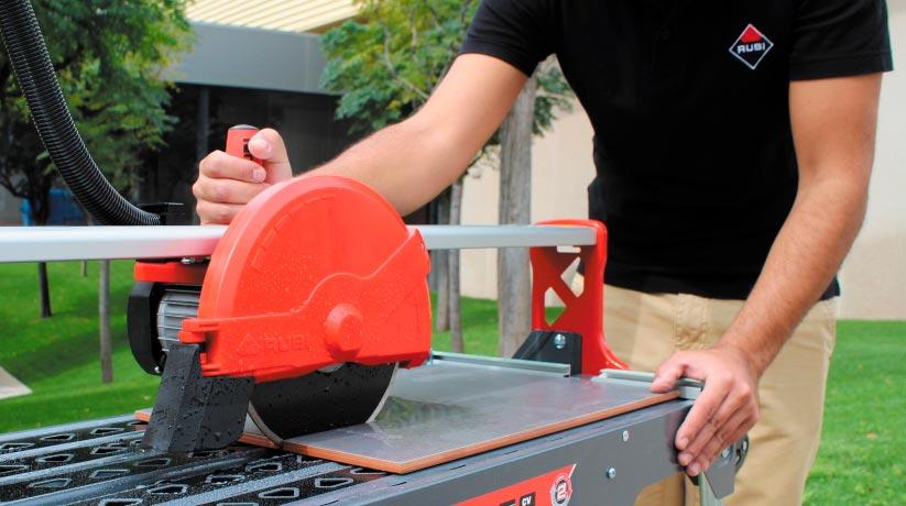 Преимущества электрических плиткорезов с водяным охлаждением