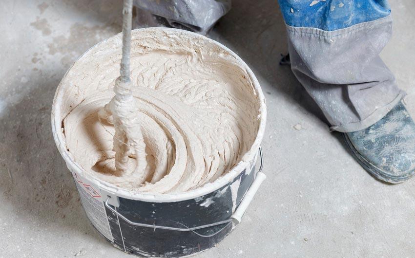 Приготовление раствора штукатурки под плитку
