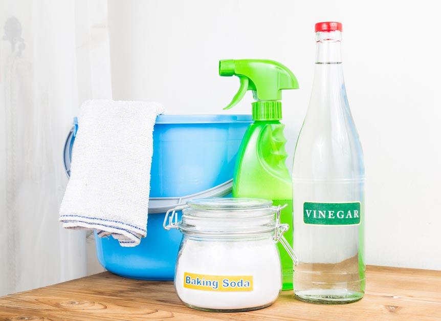 сода и уксус для чистки швов между плиткой в ванной