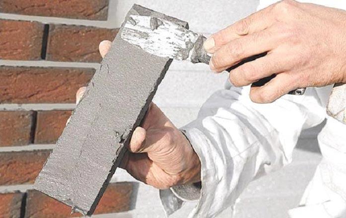 термостойкий клей для плитки-нанесение