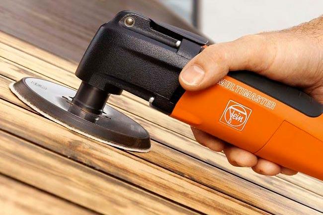 Выравнивание поверхности деревянного пола перед укладкой плиткой