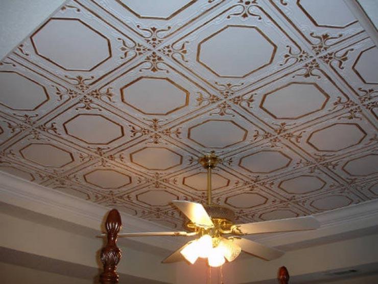экструдированная плитка на потолке ромбом