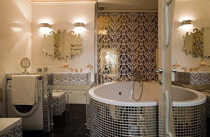Зеркальная мозаика в ванной