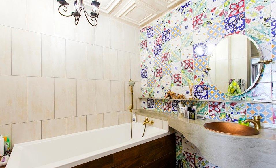 Декорирование плитки на ванную