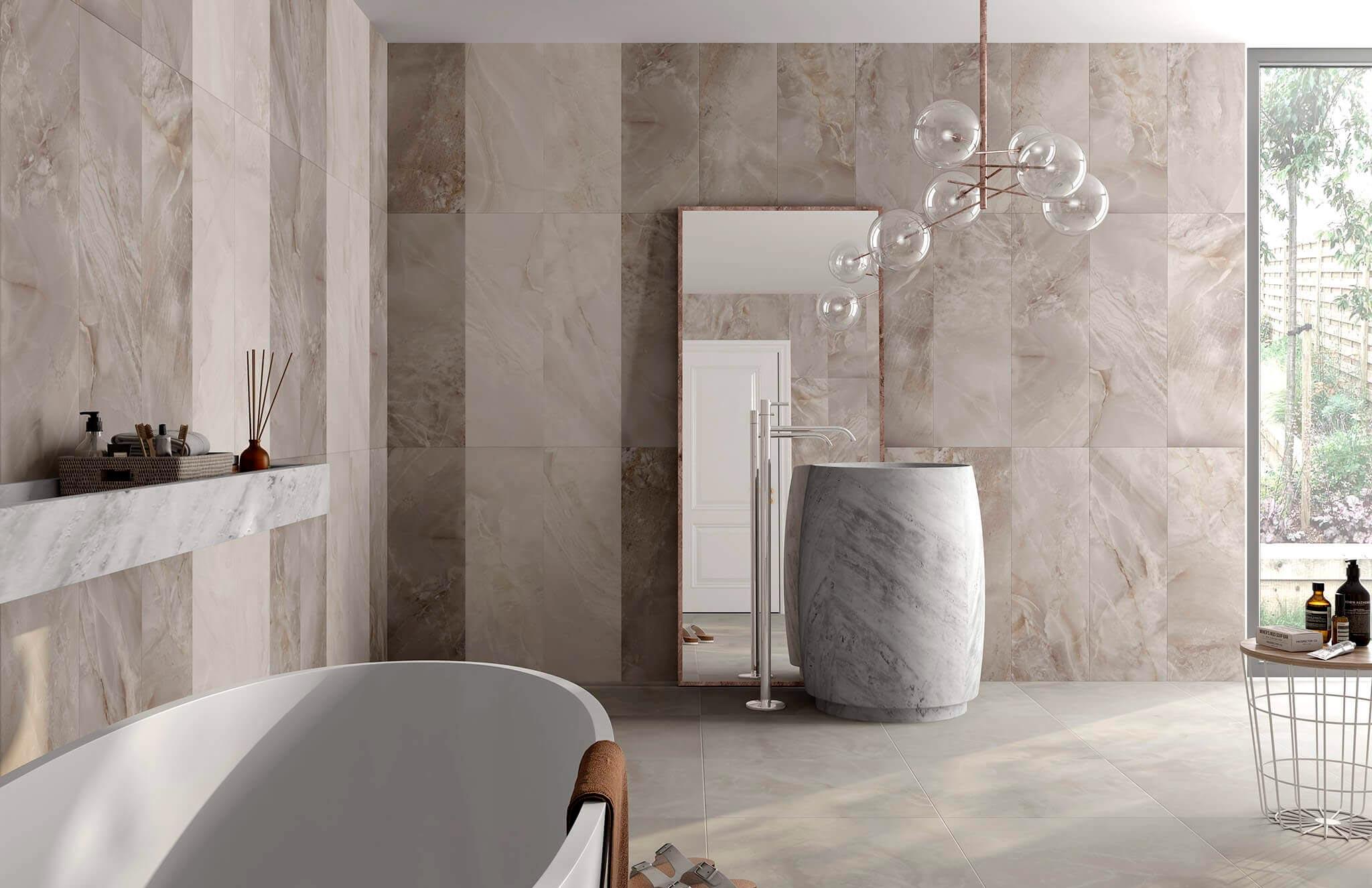 Главные преимущества плитки под мрамор в ванной 3