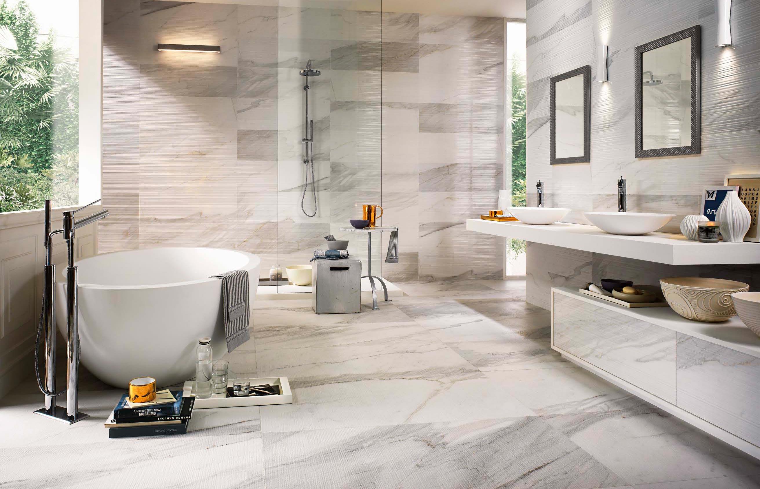 Искусственные или натуральные Плитки под мрамор для ванной