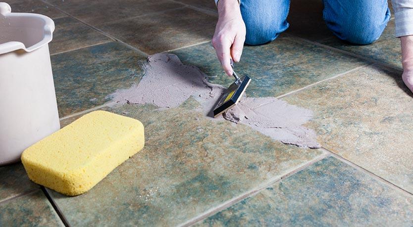 затирка швов на плитке на полу