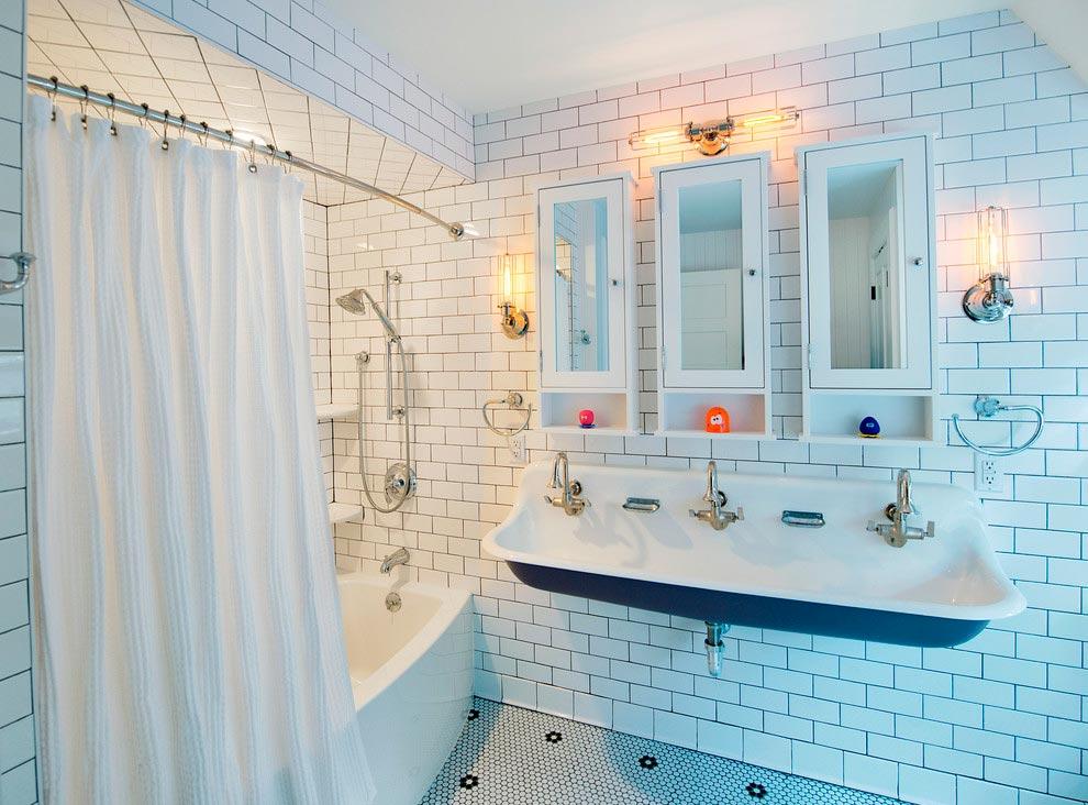 Много плиток белого цвета в ванной это плохо 2
