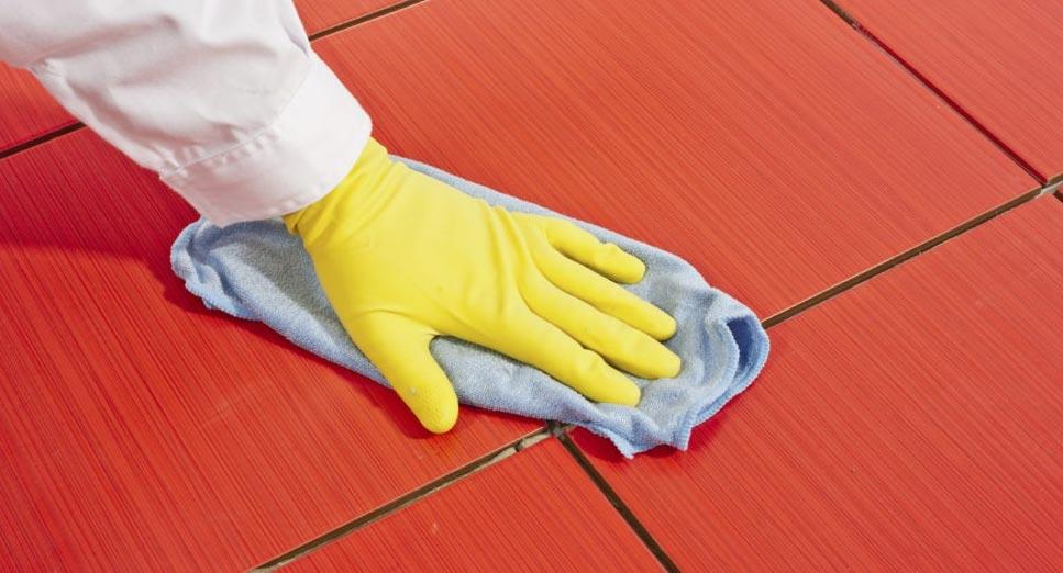 очистка плитки от клея