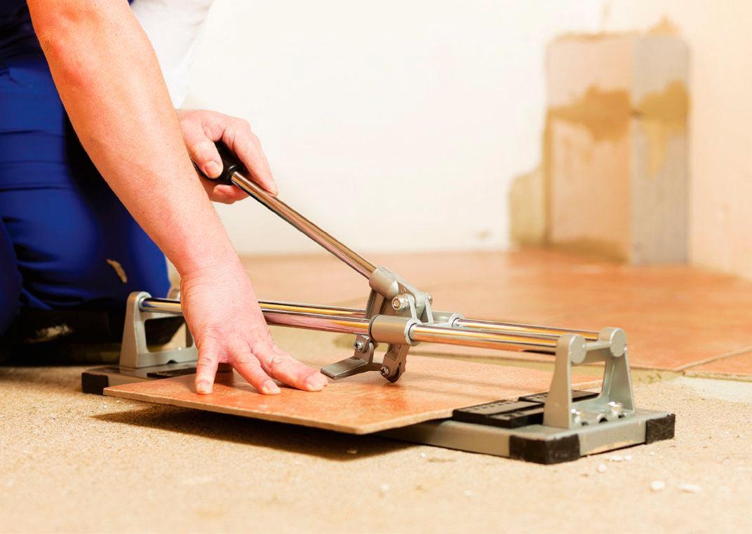Подрезка и укладка плиток для кухонного фартука