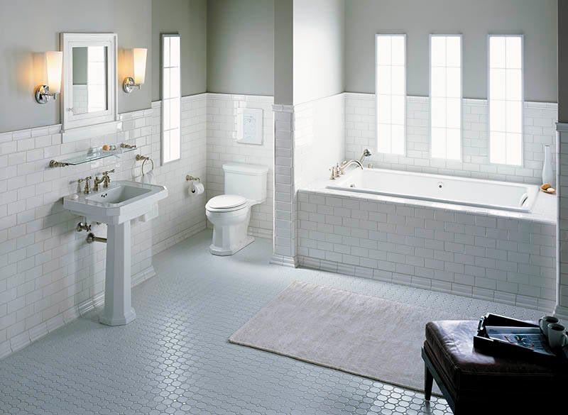 Варианты дизайна ванны с белой плиткой 11
