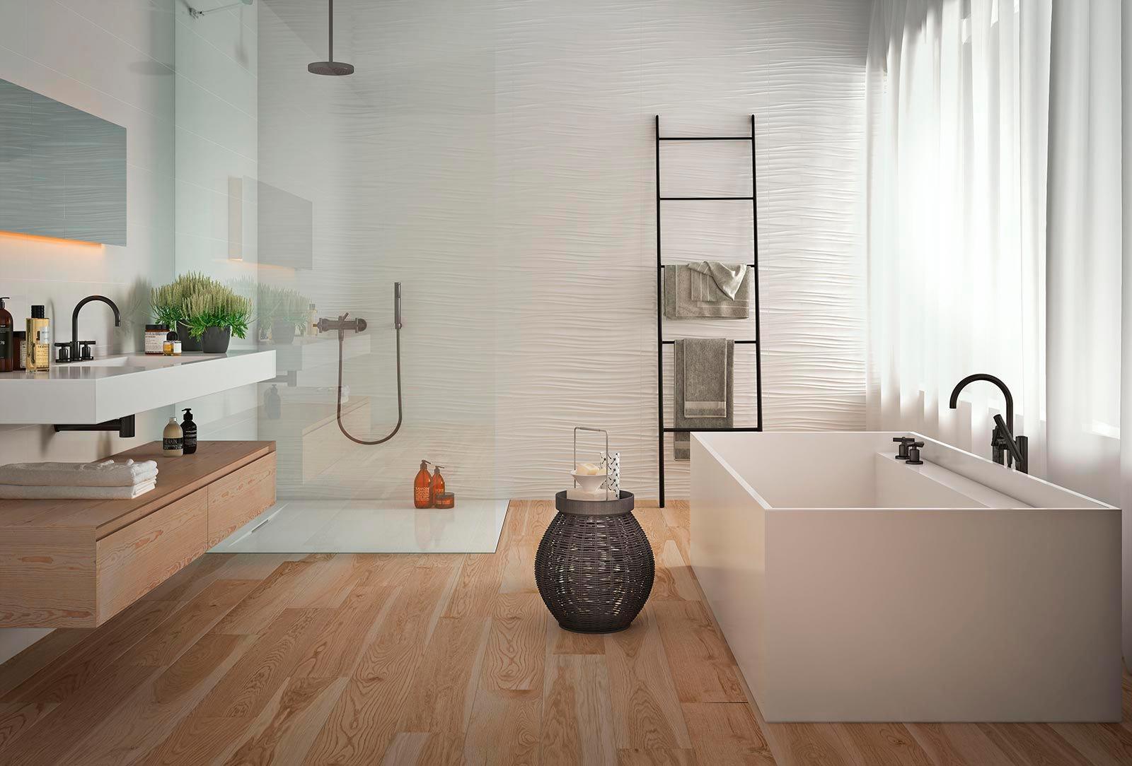 Варианты дизайна ванны с белой плиткой 21