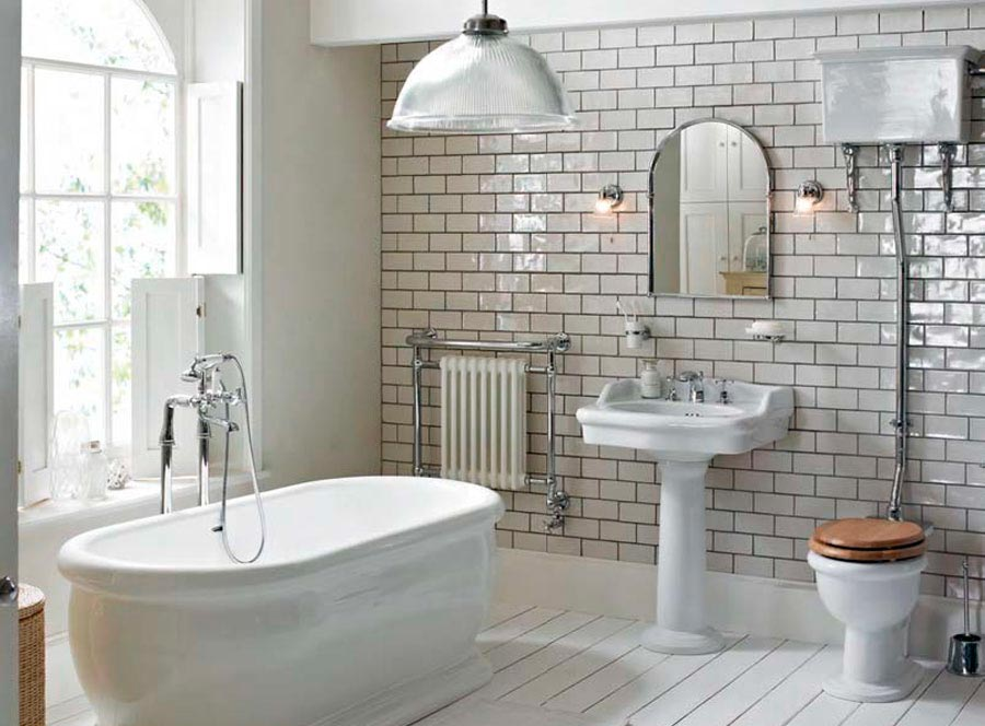 Варианты дизайна ванны с белой плиткой 22