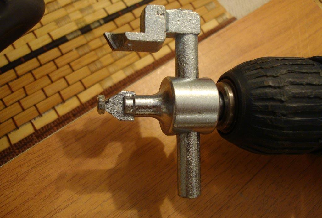 Выбираем правильный инструмент для сверления плитки в ванной