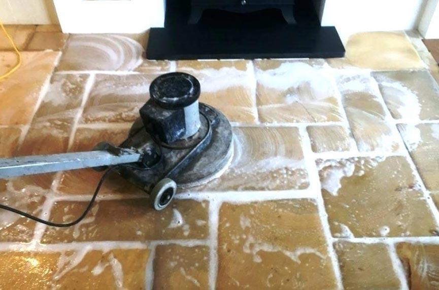 жидкий способ убрать плиточный клей