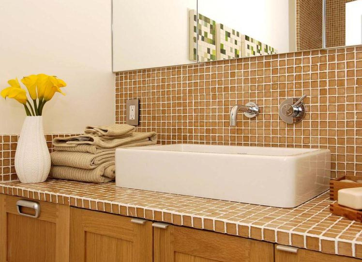 зона раковины-мозаика в ванной