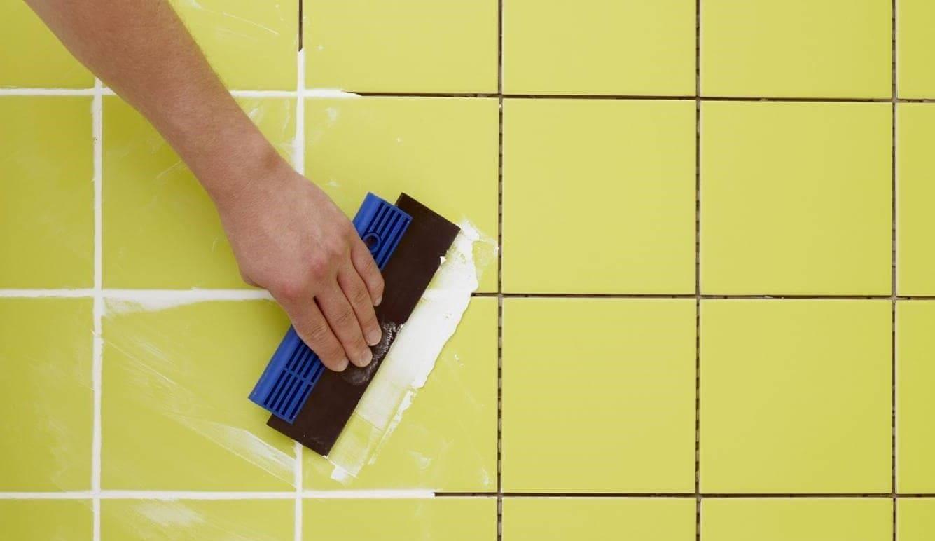 Как готовится и выполняется затирка плитки своими руками?